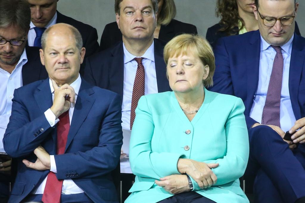 Akk Merkel Flieger