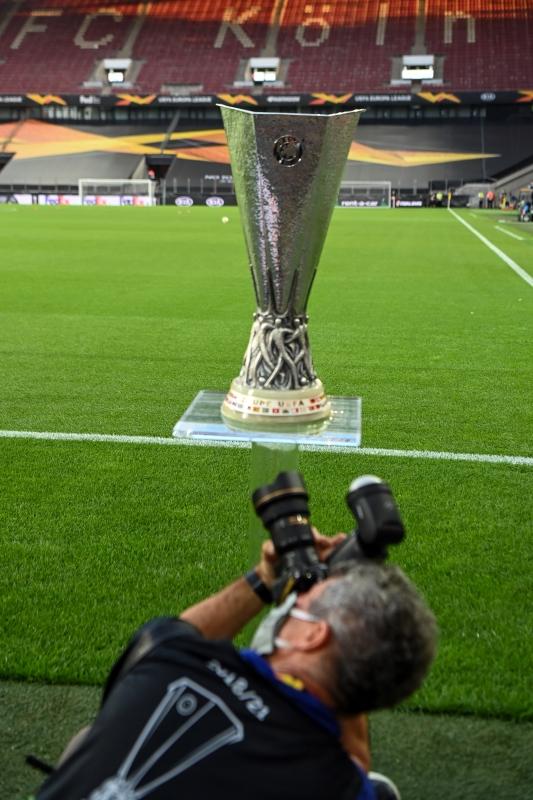 UEFA Europa League 2020/21 in Live-Stream + TV: Heute LIVE ...