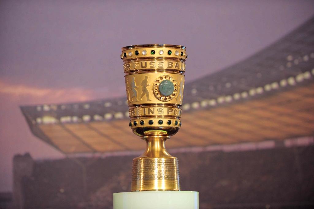 Viertelfinal Auslosung Des Dfb Pokal 201516 Im Dfb Viertelfinale