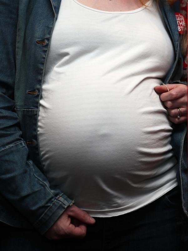 Tracey Britten Großmutter 50 Schwanger Mit Vierlingen Newsde