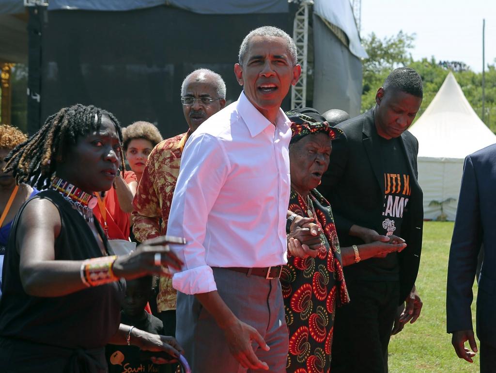 Auma Obama Privat Beruhmter Bruder So Tickt Die Halbschwester Von Barack Obama News De
