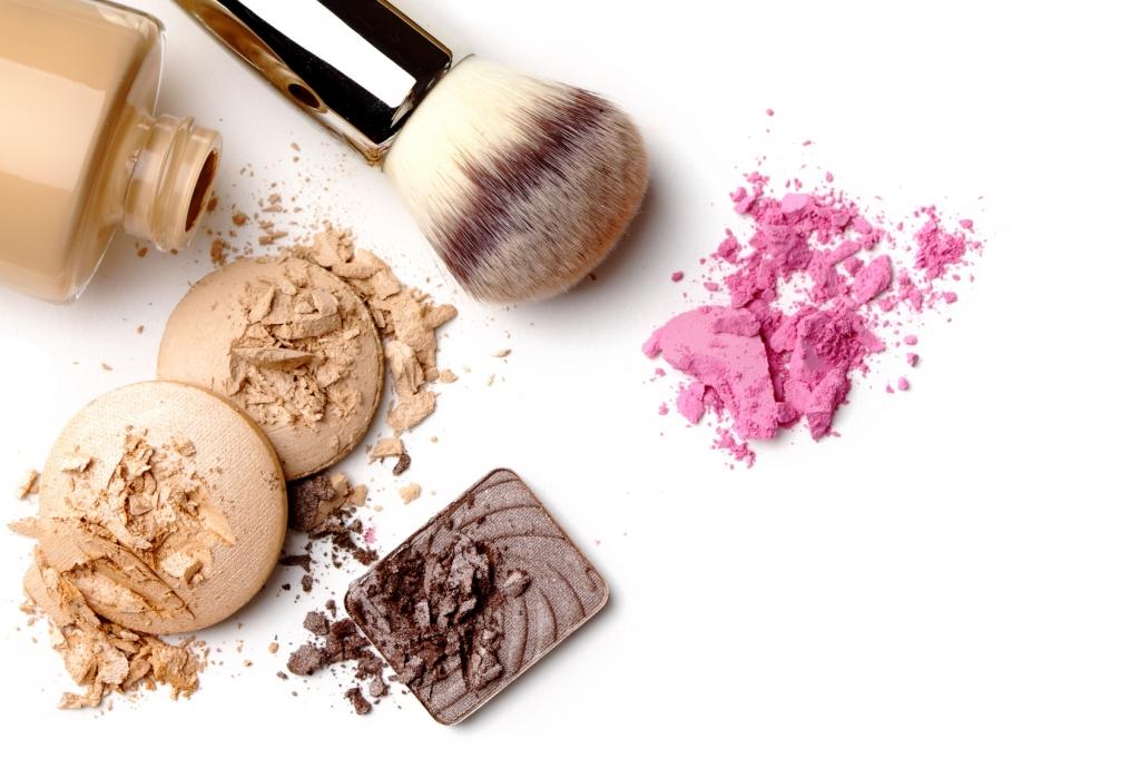 Oko Test Fur April 2017 Gefahrliche Inhaltsstoffe Dieses Make Up