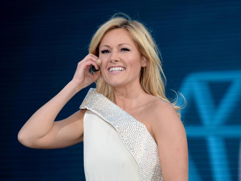 Promi-News: Shakira, Robin Thicke, Nadja Uhl - HAZ