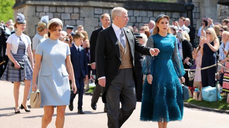 Prinz Andrew und seine Töchter Prinzessin Beatrice und Prinzessin Eugenie stehen in den Top Ten der Thronfolge. (Foto)