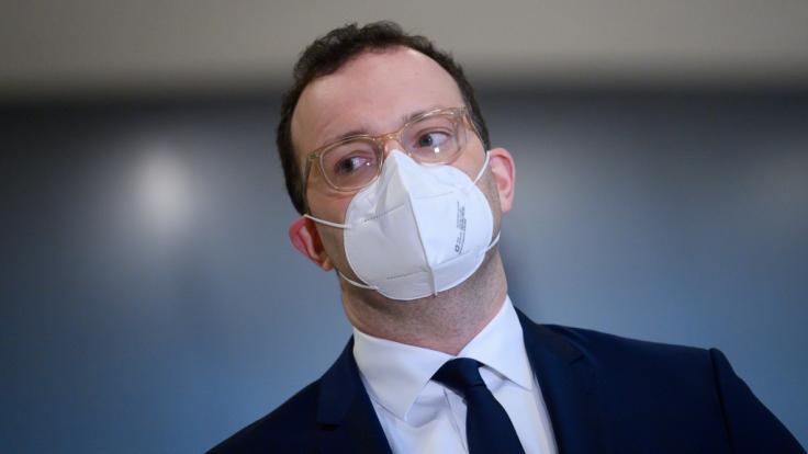Gesundheitsminister Spahn muss mit verzögerter Impfstoff-Lieferung rechnen. (Foto)
