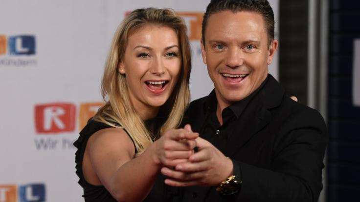 Stefan Mross und Freundin Anna-Carina Woitschack wandeln gemeinsam auch auf musikalischen Wegen. (Foto)