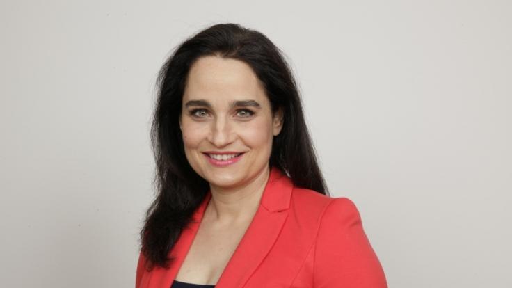 Die Dermatologin Dr. Yael Adler im Porträt. (Foto)