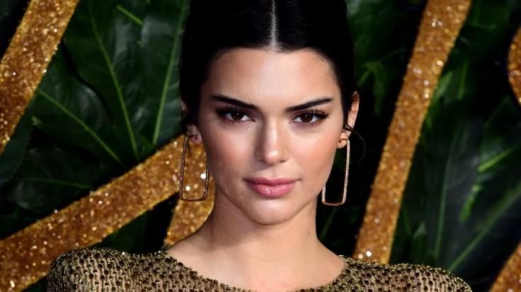 Kendall Jenner heizt ihren Fans mit einem gewagten Unten-ohne-Foto ein. (Foto)