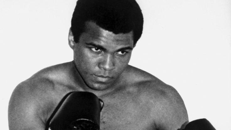 Im Alter von 74 verstarb der weltweit größte Boxer Muhammad Ali. (Foto)