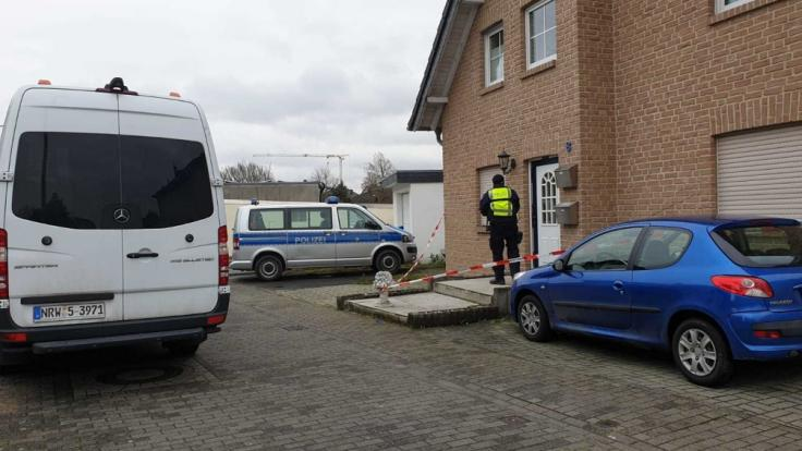 In einem Haus in Langerwehe wurden drei Tote gefunden. (Foto)