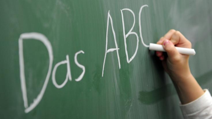 Über sechs Millionen Erwachsene haben in Deutschland Probleme mit der deutschen Sprache. (Foto)