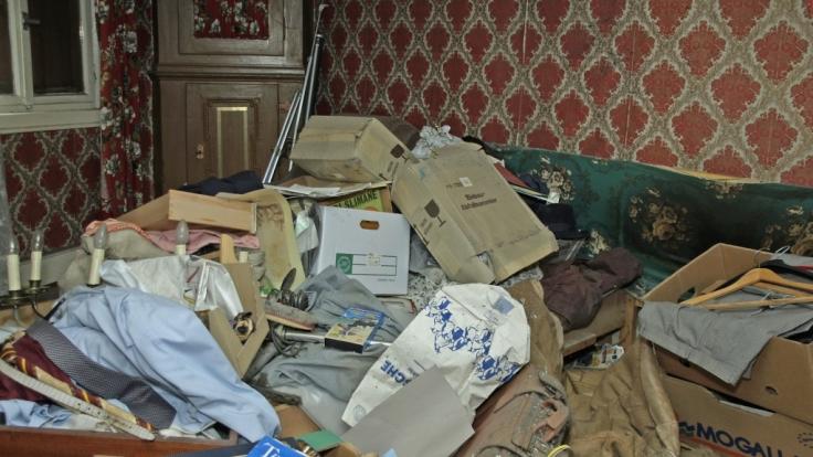Messies sammeln immer weiter Müll, bis die Wohnung eine Halde ist - so wie kürzlich in Fulda. (Foto)