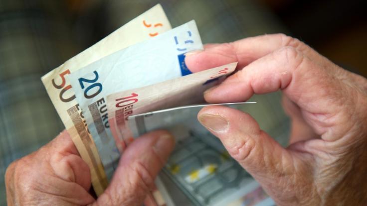 Millionen Deutschen droht eine Mini-Rente. (Foto)