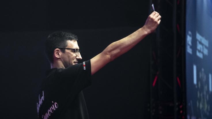Dartspieler Robert Marijanovic steht in der Darts Super League im Finale gegen Dragutin Horvat und hat die Chance auf die Teilnahme bei der Darts WM 2019 im Ally Pally. (Foto)