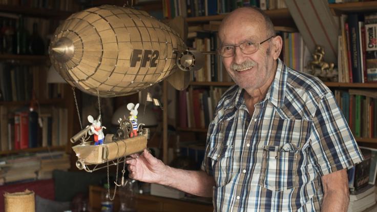 Der deutsche Comiczeichner Jürgen Kieser ist im Alter von 97 Jahren verstorben.