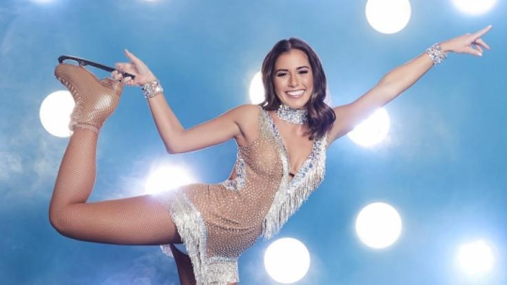 Die Sängerin Sarah Lombardi gehört zu den Prominenten, die bei Sat.1 bald Pirouetten drehen.