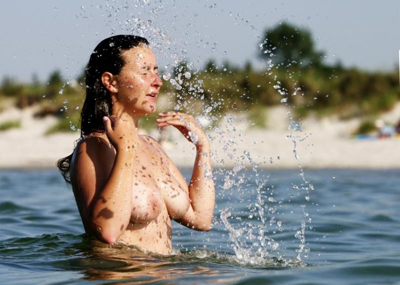 Das Öl für die Erhöhung der Brust die ätherischen Öle