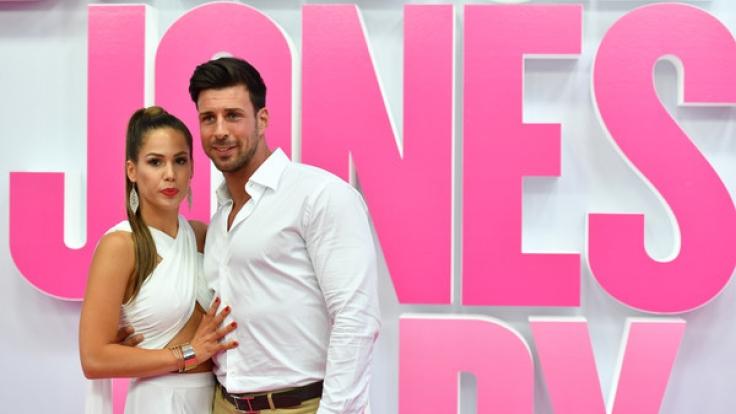 """Ein Bild aus vergangenen Tagen: Angelina Heger und Leonard Freier im September 2016 bei der Deutschlandpremiere des Films """"Bridget Jones' Baby"""" in Berlin. (Foto)"""