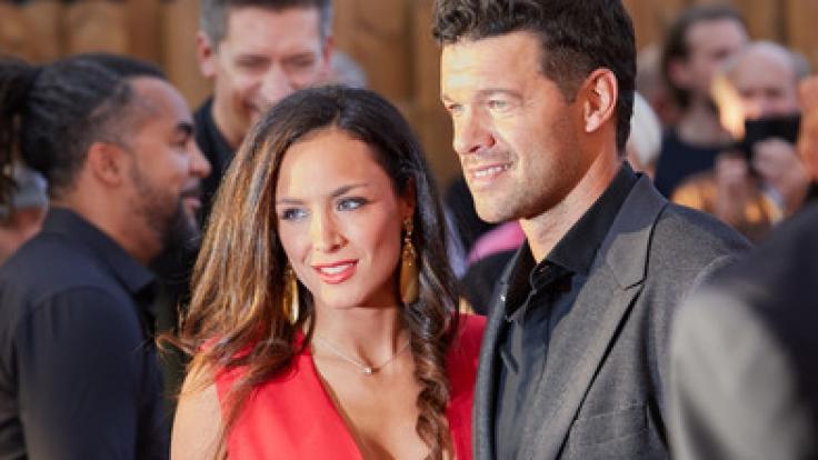 """Michael Ballack und seine damalige Freundin Natacha am 03.09.2017 bei der Benefiz-Gala """"Nacht der Legenden"""" in Hamburg. (Foto)"""