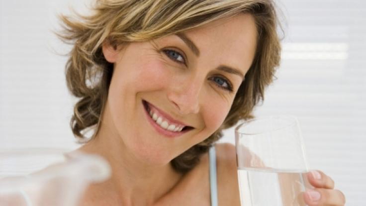 Ein gesunder Lebensstil und eine positive Einstellung sind in den Wechseljahren besonders wichtig.