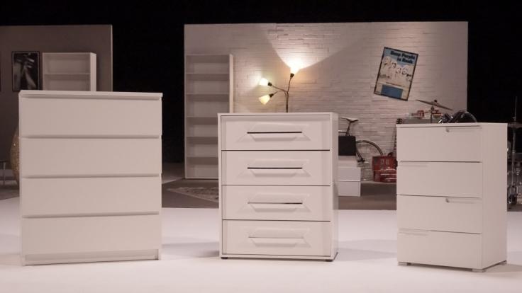 """Wie stabil sind Billig-Möbel? """"ZDFzeit"""" will es genau wissen und startet den großen Test der Möbel-Discounter Ikea, Roller  Co. Wer bietet die besseren Möbel zum kleinen Preis? (Foto)"""