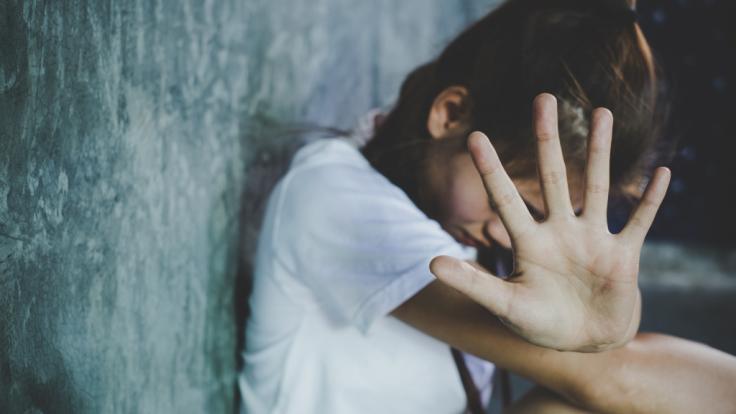 Ein elf Jahre altes Mädchen ist in München einem Vergewaltiger zum Opfer gefallen (Symbolbild).