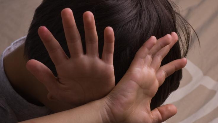 Ein elfjähriges Mädchen aus Australien beging aus Verzweiflung Selbstmord, nachdem ihr Vergewaltiger auf freien Fuß kam (Symbolbild). (Foto)