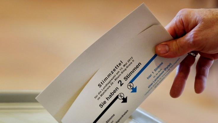 Bevor im Herbst die Bundestagswahl 2017 ansteht, werden im Saarland, in Schleswig-Holstein und in Nordrhein-Westfalen neue Landtage im Superwahljahr 2017 gewählt.