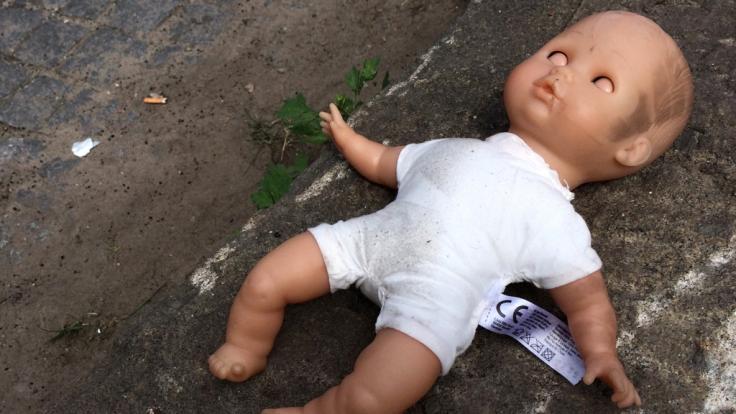 Eine abscheuliche Tat brachte einem kleinen Mädchen den Tod. (Foto)