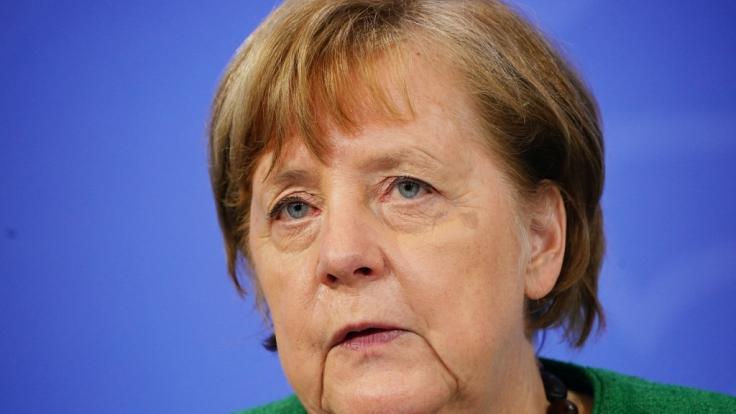 Angela Merkel wird heute in der Regierungsbefragung Rede und Antwort stehen.