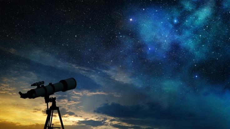 Die Sternschnuppen der Aquariden lassen die Nächte im Mai erstrahlen. (Foto)