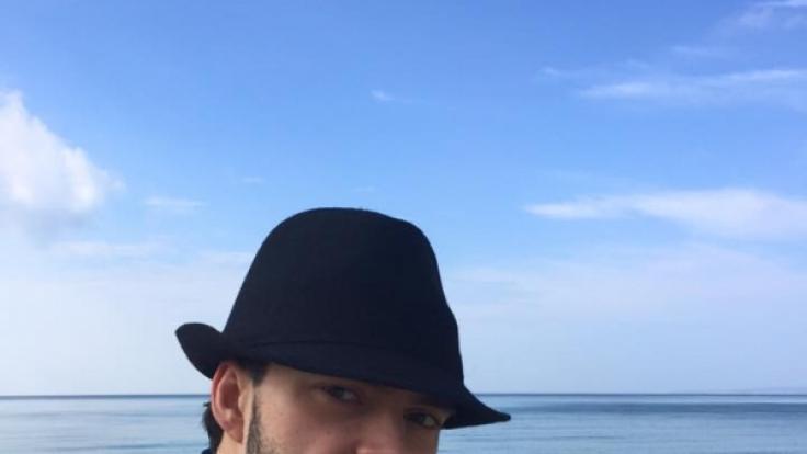 Ein privater Schnappschuss: Profitänzer Ilia Russo bei einem Strandausflug. (Foto)