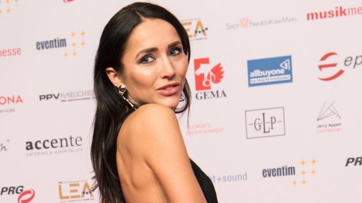 Anastasiya Avilova zeigt sich im Netz freizügig. (Foto)