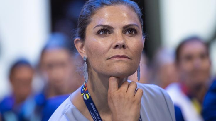 Kronprinzessin Victoria von Schweden muss sich abermals bitterböse Kritik gefallen lassen. (Foto)