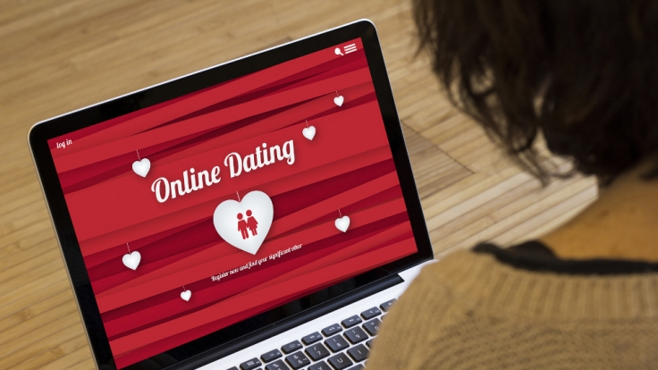Durch die Nutzung von Online-Dating-Portalen kommt es zu einer Zunahme von Infektionen mit sexuell übertragbaren Krankheiten. (Foto)
