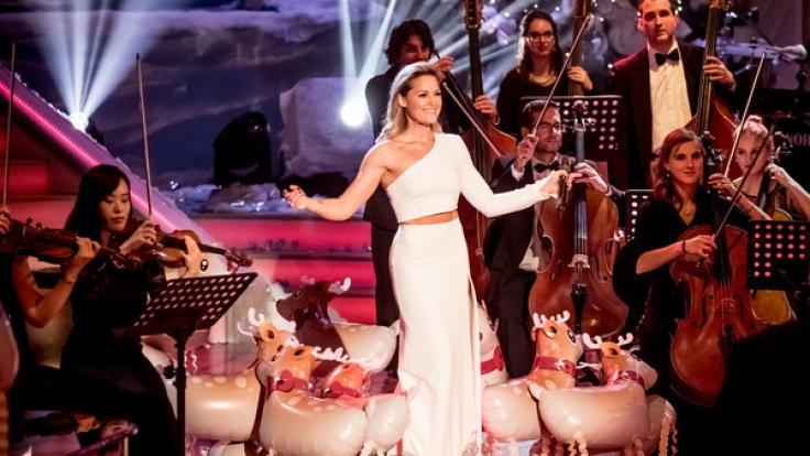 Schlagerstar Helene Fischer präsentiert jedes Jahr zu Weihnachten ihre eigene Musiksendung,
