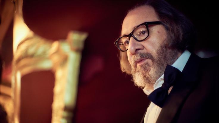 """Der französische Schauspieler Hervé Pierre mimt in """"Lupin"""" den BösewichtHubert Pelligrini. (Foto)"""