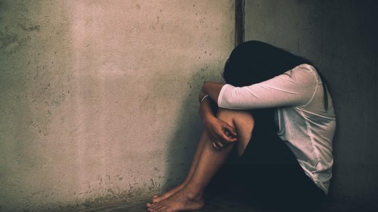 Der Ire Sean McDarby hat jahrzehntelang seine Stieftochter vergewaltigt und sie wie eine Sklavin gehalten.