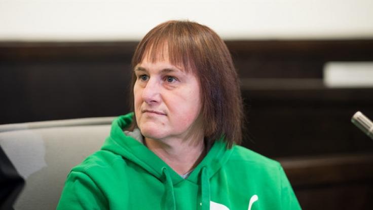 Die Angeklagte Angelika W. während des Gerichtsprozesses. (Foto)