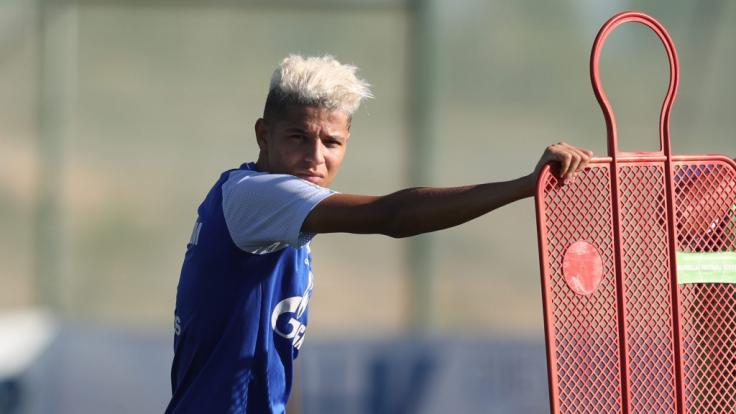 Der Schalker Fußball-Profi Amine Harit wurde in seiner Heimat Marokko in einen Unfall mit Todesfolge verwickelt.