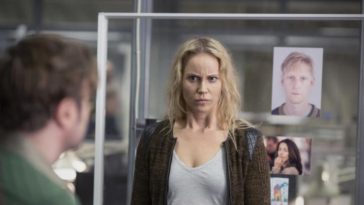 Doppelte Herausforderung für Saga: Ihr Chef Hans wird entführt und plötzlich taucht ihre Mutter wieder auf. (Foto)