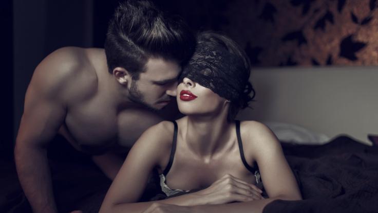 Ein Gast des Berliner Sexclubs KitKatClub steckte sich mit Meningitis an, nun besteht auch für andere Gäste Lebensgefahr.