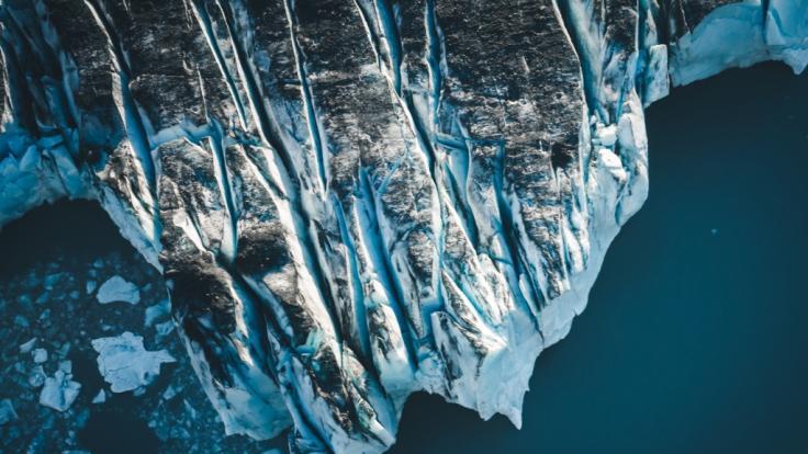 Bei einem Helikopter-Absturz nahe desKnik-Gletscher in Alaska starben am Wochenende fünf Menschen. (Foto)