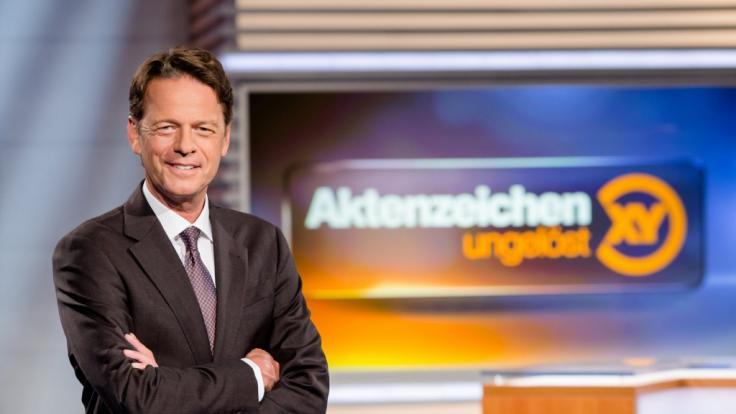 """Rudi Cerne im """"Aktenzeichen XY... ungelöst""""-Studio. (Foto)"""