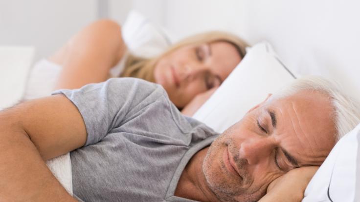Menschen, die pro Nacht weniger als sechs Stunden schlafen, haben laut einer Studie ein erhöhtes Risiko, an Demenz zu erkranken. (Foto)