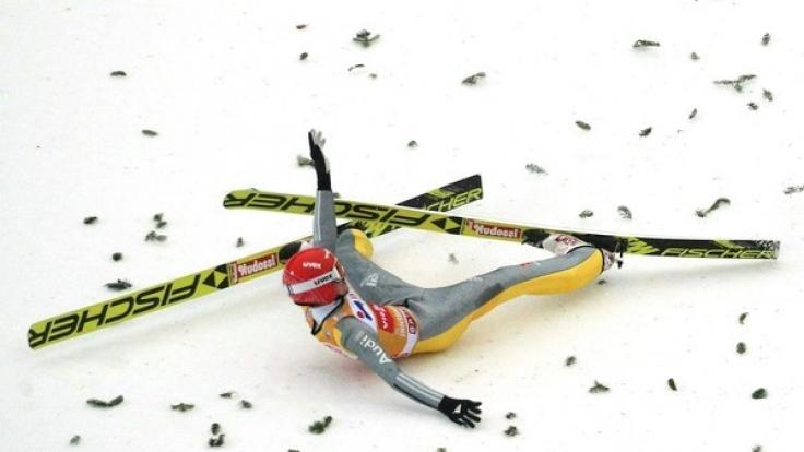 Richard Freitag stürzte, nachdem er einen hervorragenden Sprung absolvierte.