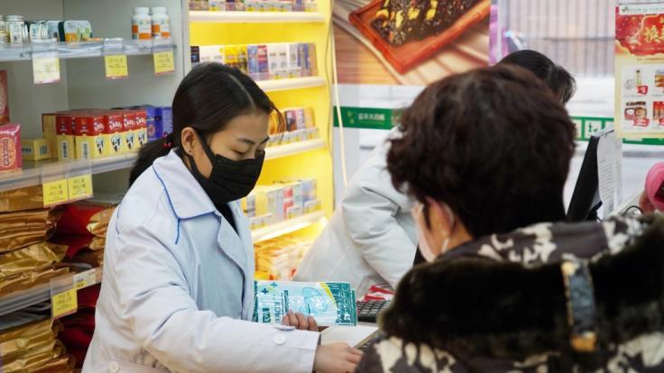 In China gibt es immer mehr Menschen, die mit der Lungenkrankheit infiziert sind.