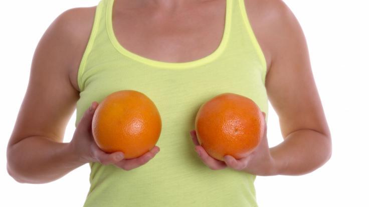 In der Schönheitschirurgie sind Brust-Operationen inzwischen alltäglich. (Foto)