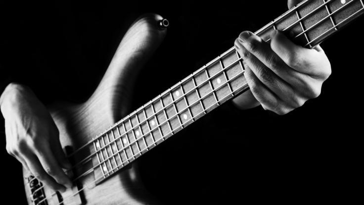 MusikerDeon Estus ist mit 65 Jahren gestorben. (Foto)