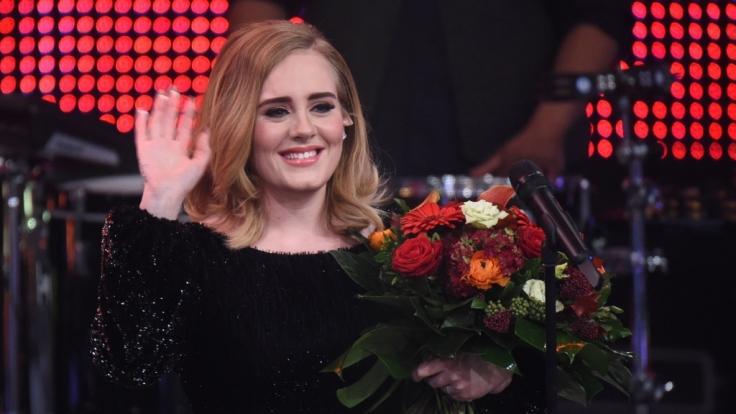 Schnappt sich Adele jetzt Prinz Harry? (Foto)